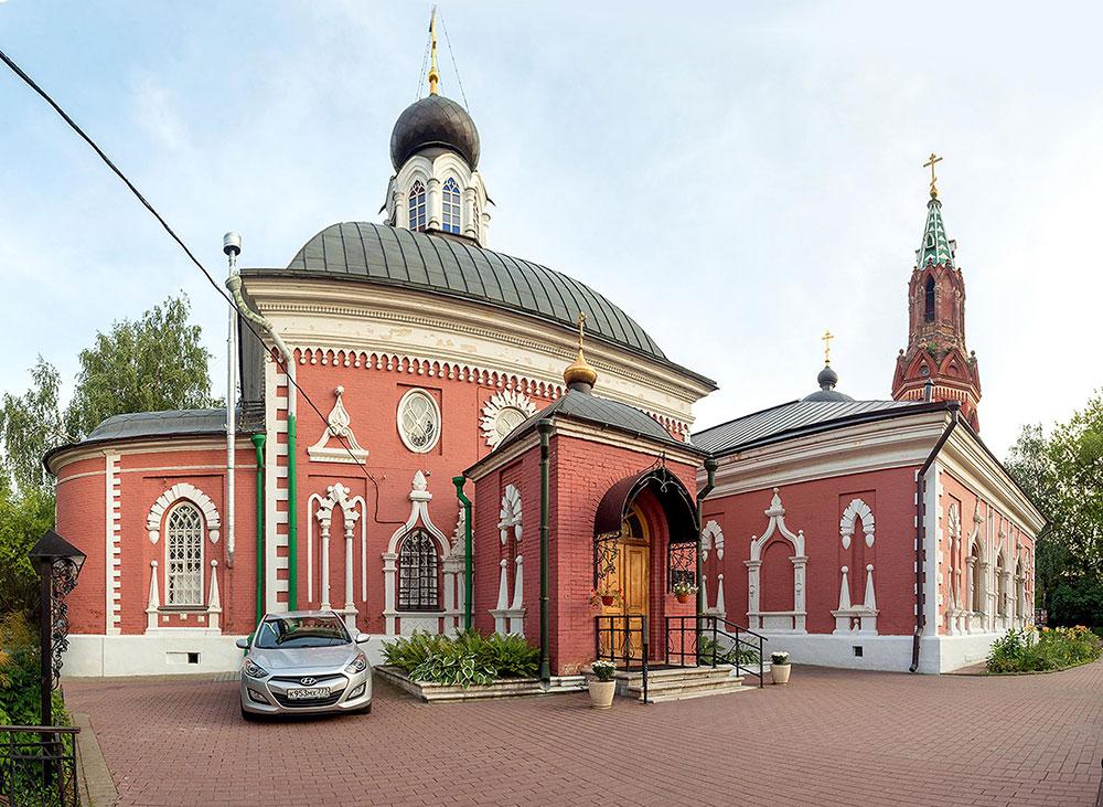 Успенский храм с колокольней